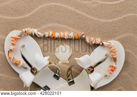 Beach Sandals Decorated With Rhinestones, With Beads Lying On Them Made Of Seashells. With Space For