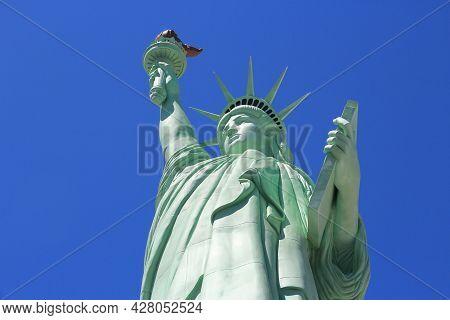 Las Vegas, Usa - April 14, 2014: New York New York Resort Statue Of Liberty Replica View In Las Vega