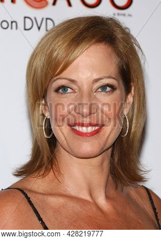 LOS ANGELES - AUG 19: Allison Janney arrives for the 2nd Annual 'Runway For Life' Celebrity Fashion Show on August 19, 2003 in Beverly Hills, CA