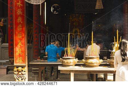 Ho Chi Minh, Vietnam - Oct 17, 2019 : Unidentified People Make A Pray At Chua Ba Thien Hau Temple In
