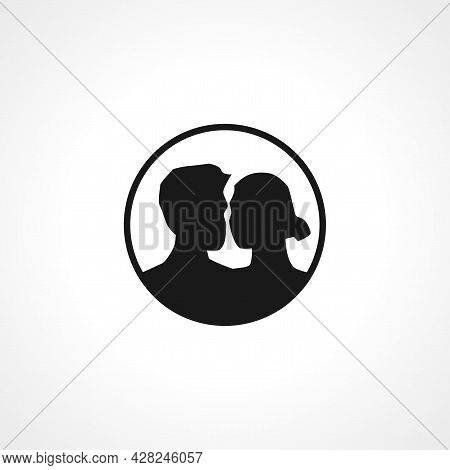 Love Couple Icon. Love Couple Simple Vector Icon. Love Couple Isolated Icon.