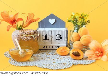 Calendar For August 13 : The Name Of The Month Of August In English, The Number 13, Flowers In Vases