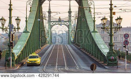 Budapest, Hungary - Oktober, 2019: Liberty Bridge Or Freedom Bridge, Szabadsag Hid In Budapest In Fo