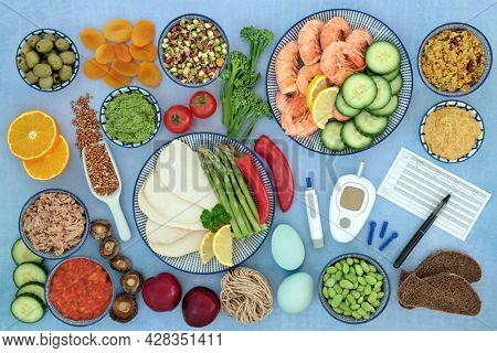 Low glycemic health food with blood sugar testing kit for diabetics with meal chart. Foods below 55 on the GI index, low carb, high in antioxidants, omega 3, protein, anthocyanins, vitamins, minerals.