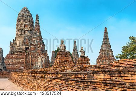 Buddha Statues At Ruins Of Buddhist Temple In Ayutthaya