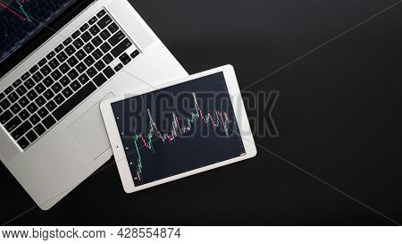 Financial Report. Finance Application For Sell, Buy And Analysis Profit Dividend Statistics. Investm
