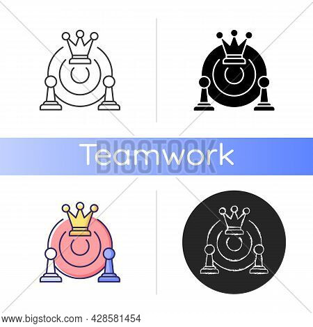 Common Strategy Icon. Collective Purposes And Goals. Plan For Business Development. Team Decisions.