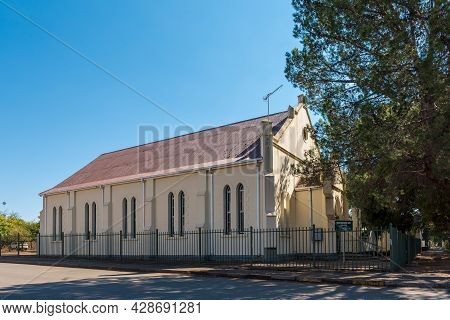 Aliwal North, South Africa - April 23, 2021: A Street Scene, With The Reformed Church, In Aliwal Nor