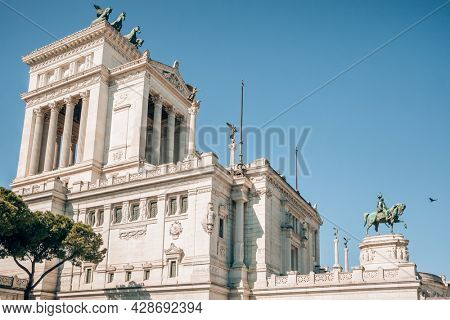 Altar of the Fatherland (Altare della Patria) known as the Monumento Nazionale a Vittorio Emanuele II National Monument to Victor Emmanuel II or Il Vittoriano at sunset in Rome, Italy