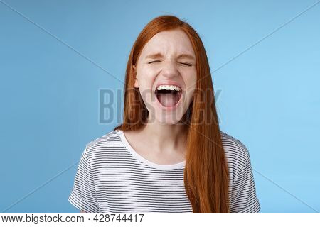 Girl Screaming Out Loud Showing Attitude Take Out Stress Being Fed Up Complaining Hursh Life Shoutin