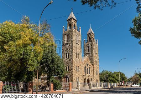 Aliwal North, South Africa - April 23, 2021: A Street Scene, With The Sacred Heart Roman Catholic Ca
