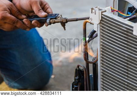 Air Conditioning Repair Use Fuel Gases And Oxygen To Weld Or Cut Metals, Oxy-fuel Welding And Oxy-fu