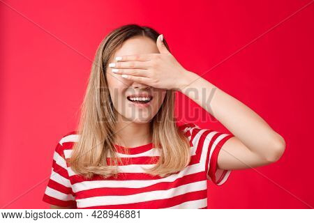 Close-up Lucky Cute Asian Blond Woman Smiling Broadly Count Ten Promise Not Peek, Cover Eyes With Pa