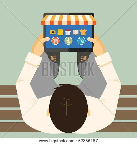 Man doing inline shopping