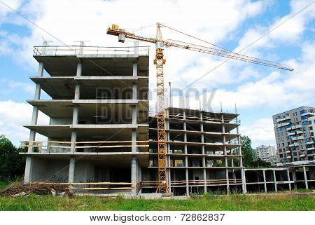 Building New Vilnius City House In Fabijoniskes District