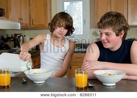 boys having breakfast