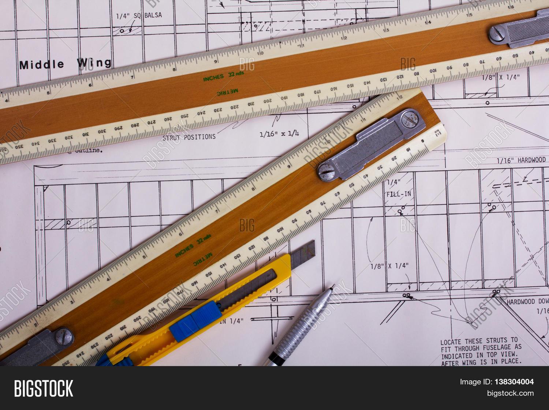 Making Model Airplane Image & Photo (Free Trial) | Bigstock