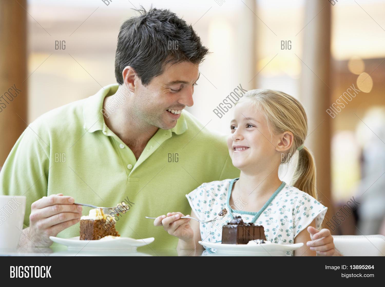 Толстая дочь и отец онлайн, Толстая дочка -видео. Смотреть толстая дочка 21 фотография