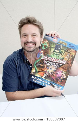 Will Friedle signs autographs at the