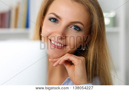 Beautiful Blonde Smiling Businesswoman Work With Laptop Computer