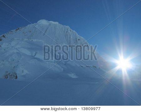 Summit alpamayo and morning sun