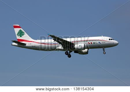 Middle East Airlines Mea Airbus A320 Airplane