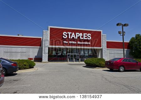 Ft. Wayne IN - Circa July 2016: Staples Inc. Retail Location. Staples is a Large Office Supply Chain IV