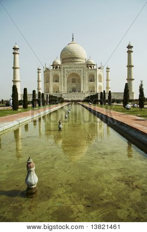 Taj Mahal construction