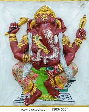 Ganesha statue the public is open to the people worship. (Kasipra Ganapati)