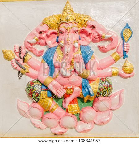 Ganesha Statue,  The Public Is Open To The People Worship. (trimukha Ganapati)