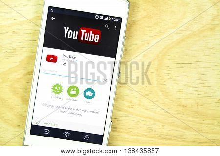 BUNG KAN THAILAND - JANUARY 15 2016: smart phone display youtube app on play store