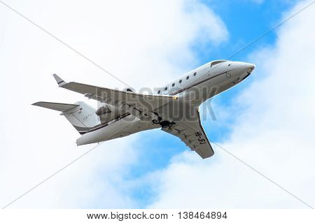 Nomad Aviation Bombardier Cl-600