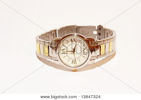 Elegant wrist watch
