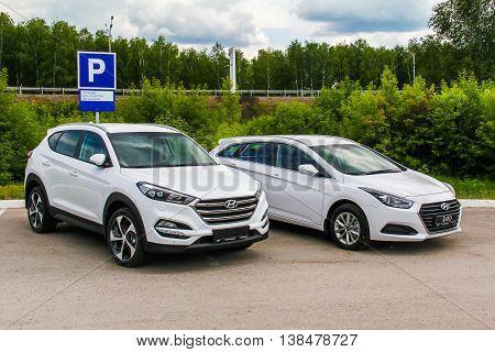 Hyundai Tucson And Hyundai I40