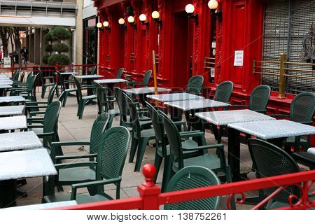 Outdoor tables and chairs at a restaurant in DC