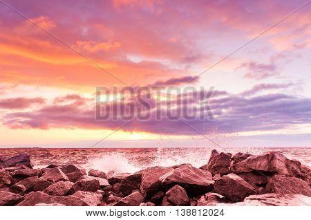 Bright Horizon Sunset over Waves