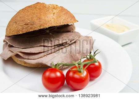 Beef cob A fresh cob or bap stuffed with British beef