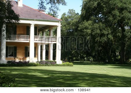 Antebellum Plantation In Louisiana