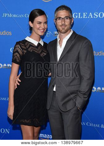 LOS ANGELES - JUL 14:  Odette Annable & Dave Annable arrives to the