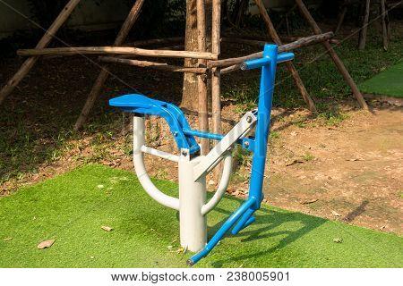Outdoors Public Excercise Machine In A Public Park.