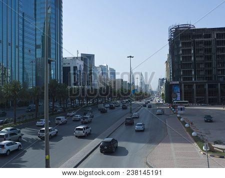 Light Traffic On King Fahad Road.