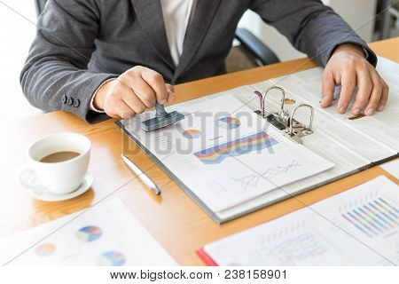 Close Up , Business Man Hand Stamping   Rubber Stamp On A Documents - Business Concept