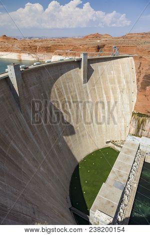 Hydroelectric Glen Canyon Dam, Near Page Arizona