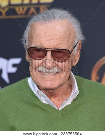 LOS ANGELES - APR 23:  Stan Lee arrives to the Marvel Studios 'Avengers: Infinity War' World Premiere  on April 23, 2018 in Hollywood, CA