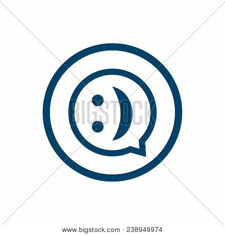 Chat Sign Icon. Speech Bubble Symbol. Flat Speech Bubble Icon. Simple Design Speech Bubble Symbol. S