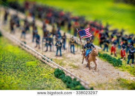 American Civil War Toy Soldier With Flag Gettysburg Battle Model Near Washington .