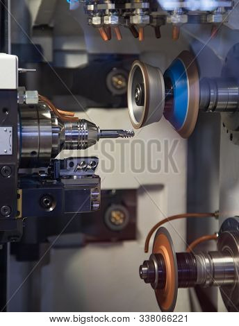 Carbide Cutting Tool Making And Grinding Machine