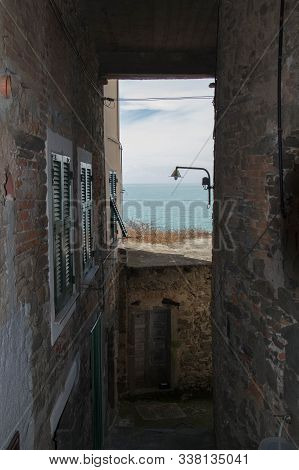 Vernazza, Italy - April 2 2018: The View Of The Typical Street In Vernazza In The National Park Of C