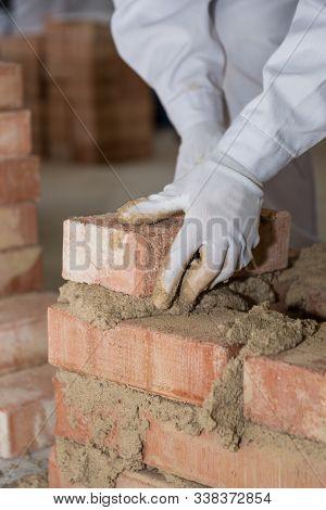 Craftsman Walls Brick Wall With Small Bricks - Closeup Mason