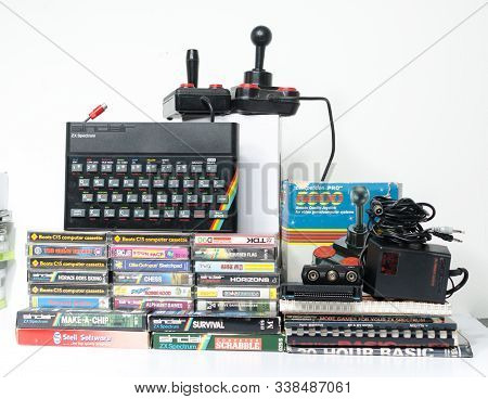 London, Eng;and, 05/05/2019 A Retro Vintage Nostalgic Sinclair Zx Spectrum 48k 1980s Computer Consol